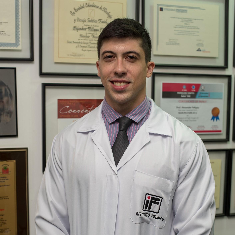 Dr. Alexandre Cunha